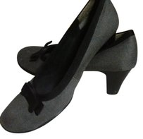 Aerosoles Vintage Slip Ons Retro Grey and Black Pumps