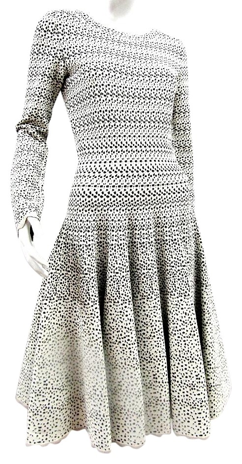 Alaïa Fit & Flare Knee-Length Dress Sale Low Cost Really For Sale Good Selling Discount Outlet Store m1NjCK