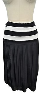Alice + Olivia Silk Pleated Skirt Black/ White