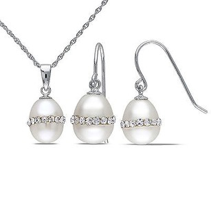 Amour Silver 2-piece Set Of 8-9 Mm Rice Pearl And Crystal Necklace Pendant Earrings