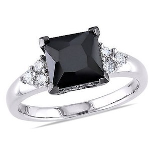 Amour Sterling Silver 4.69 Ct Tgw Black And White Cubic Zirconia Engagement Ring