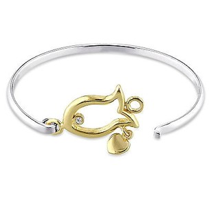 Amour Two-tone Sterling Silver White Topaz Childrens Fish Shape Bangle Bracelet 6