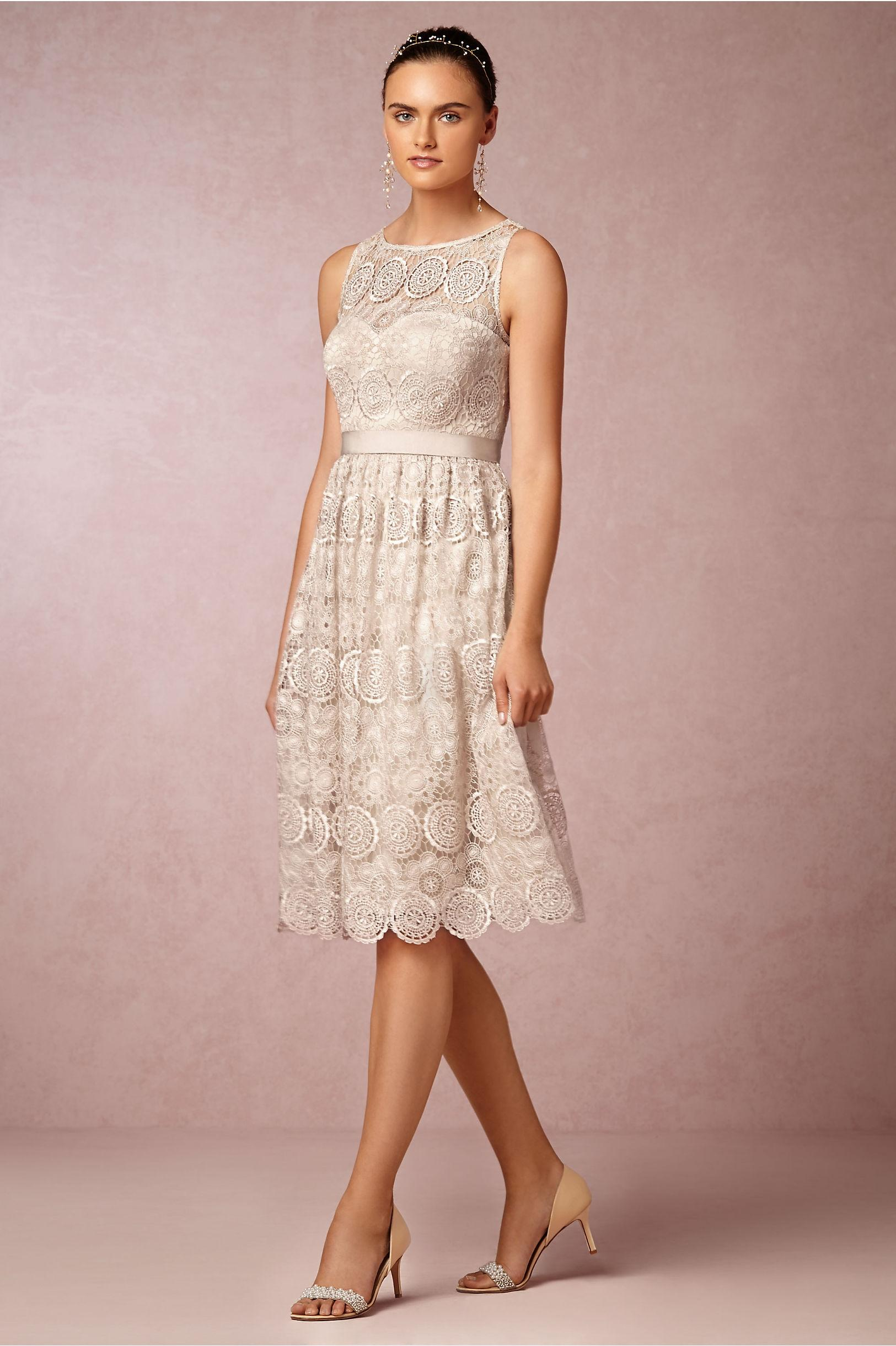 anthropologie wedding dress anthropologie champagne lace polyester satin lining 1321