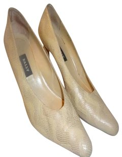 Bally Beige Pumps