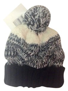 Billabong Lloyd Beanie Pom Pom Hat New