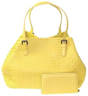 Bottega Veneta Leather Tote in Lime Green