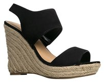 Breckelle's Black Wedges