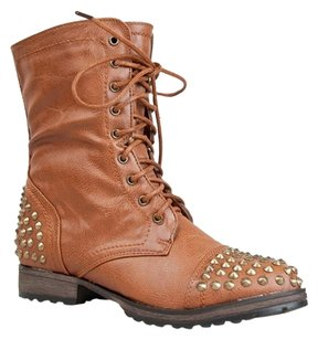 Breckelle's Brown Boots