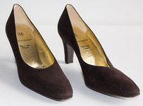 Bruno Magli Textured Brown Pumps