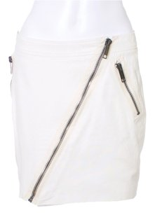 Burberry Detail Classic Zippers Mini Skirt Winter White