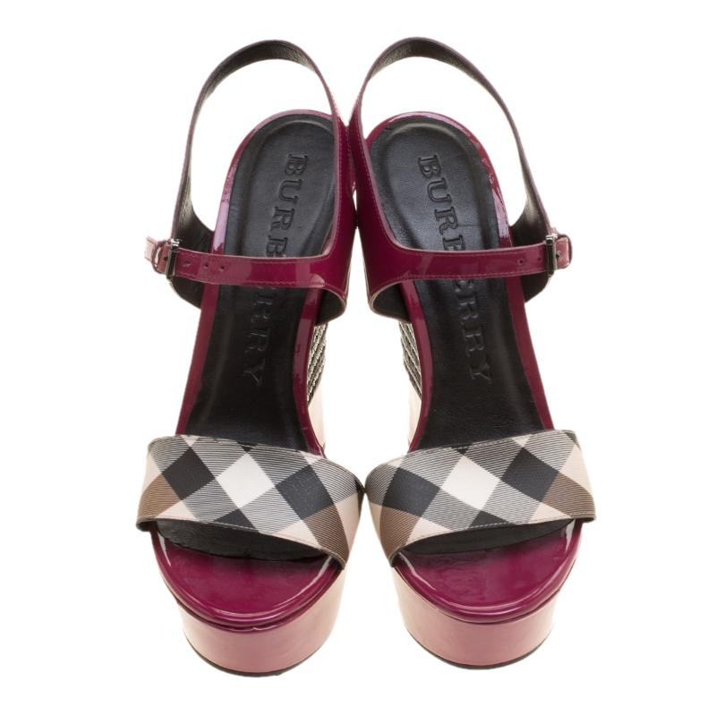 4a27728000b5 ... Burberry Magenta Patent Leather and Canvas Canvas Canvas Espadrille Platform  Sandals Si Wedges Size EU 39.5 ...