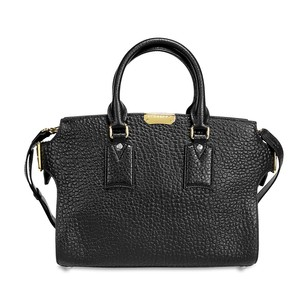 Burberry Women's 39712361 Satchel in Black