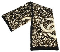 Chanel Auth CHANEL CC Logos Flower Scarf Stole BK Ivory Silk 100% Italy Vintage LP08423