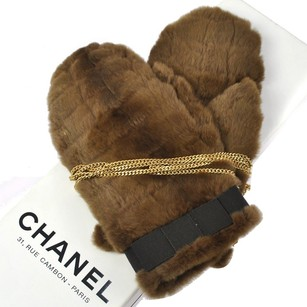 Chanel Auth CHANEL Quilted CC Logos Chain Gloves Brown Lapin Fur Belgium Vintage R01606