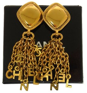 Chanel Auth CHANEL Vintage CC Logos Fringe Motif Earrings Gold Clip-On France LP12288