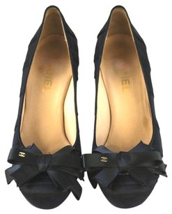 Chanel Bow Heels Black Pumps