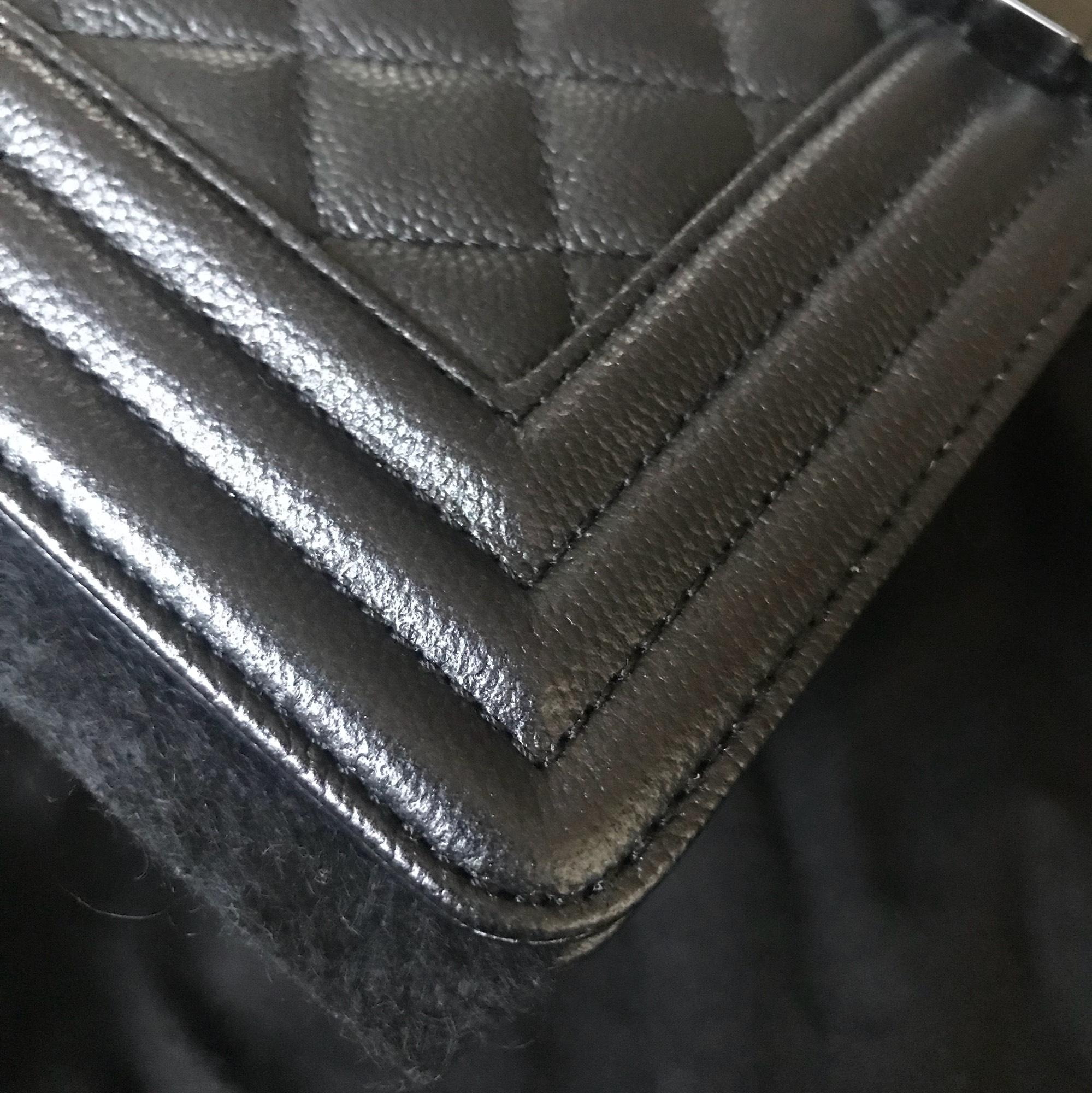 chanel boy coveted so black grained lambskin