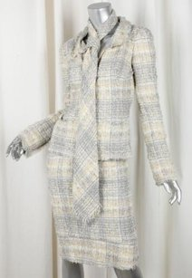 Chanel Chanel 05p Womens Classic Yellowgray Tweed Jacket Blazerpencil Skirt Suit 364