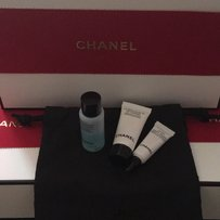 Chanel Chanel Beauty Make up skin care Samples Pouch and boxes