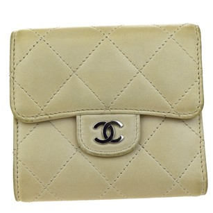 Chanel CHANEL CC Logos Quilted Bifold Wallet