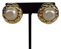 Chanel CHANEL Vintage Gold Plated and Pearl Clip-On Fashion Earrings