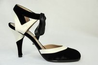 Chanel Womens Ankle Strap Blacks Pumps