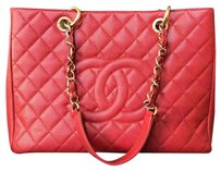 Chanel Gst Shopping Tote in Red