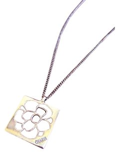 Chanel Chanel Camellia Flower plate,sterling silver necklace