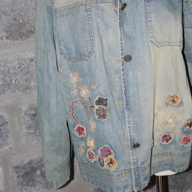 Chico S Vintage Artsy Embroidered Aplicay Blue Womens Jean Jacket