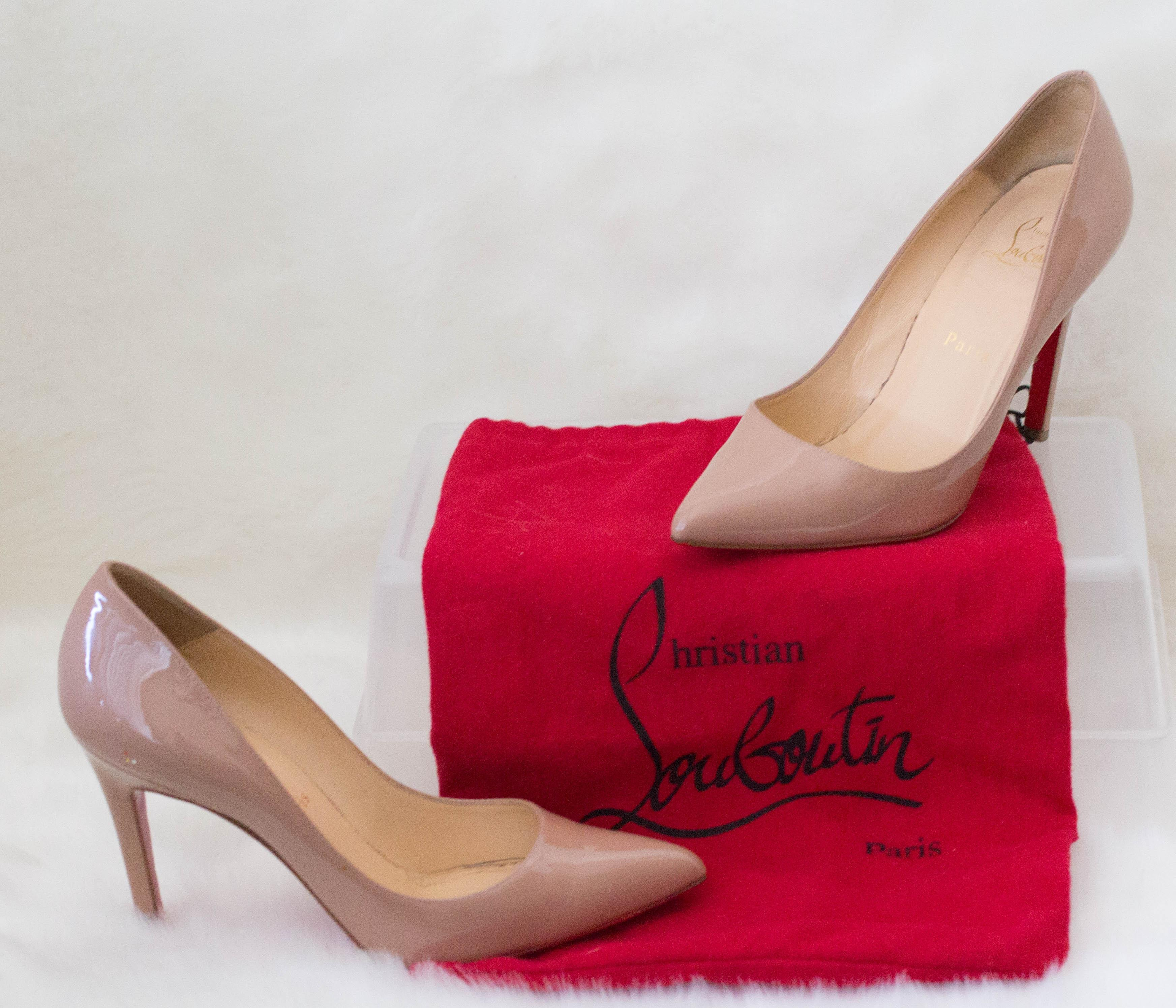 c22ec9e2a0 Christian Louboutin Beige Pigalle Pigalle Pigalle 100 Patent Leather Pumps  Size EU 37 (Approx.