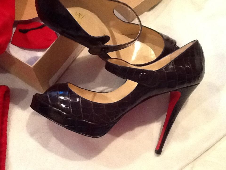 Christian Louboutin Alligator Pumps Louis Vuitton Red