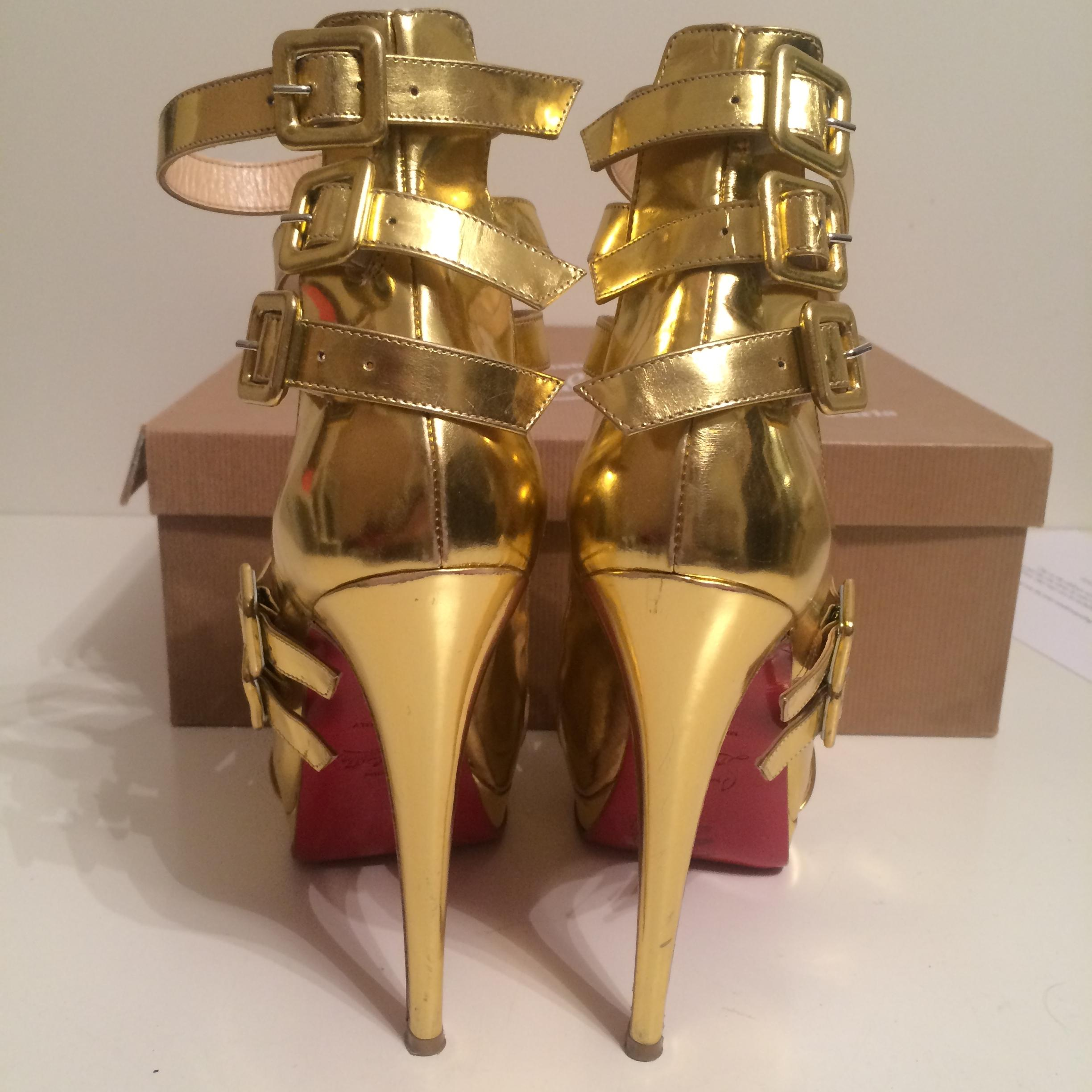 cba431cbe84b ... Christian Louboutin Louboutin Louboutin Gold Differa Patent Leather Eu  38 - 8 Pumps Size US 7.5 ...