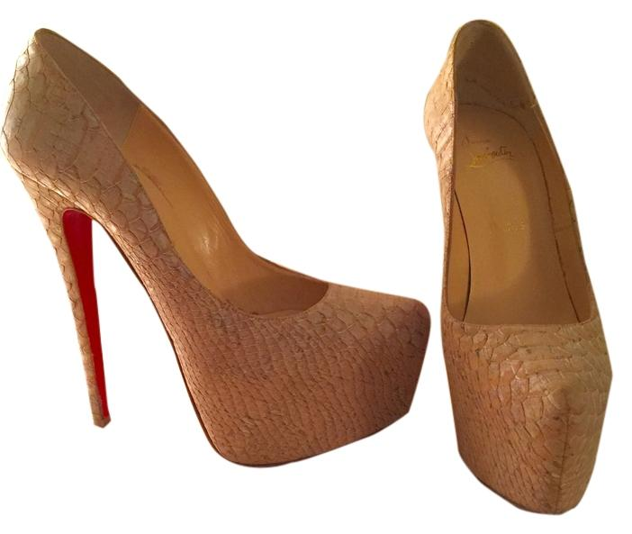 Christian Louboutin Nude Daffodile Pumps Size US 9 Regular (M, B)