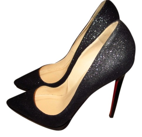 christian louboutin paris pumps