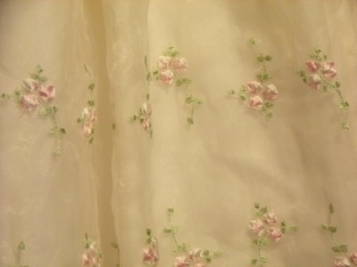 Cinderella short dress White / Embroidered Roses & Leaves Girls ( 4T ) on Tradesy