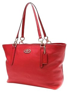 Coach Shoppers Tote in Red