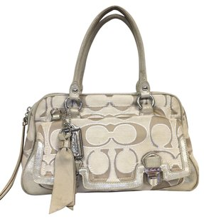 Coach Cc.jumbo Quilted Canvas Shoulder Bag