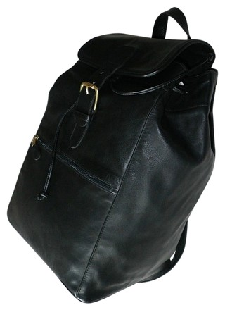 Preload https://item3.tradesy.com/images/coach-lg-vintage-buckle-travel-luggage-tote-purse-usa-blacks-leather-backpack-845747-0-0.jpg?width=440&height=440