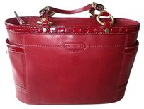 Coach Louis Vuitton Dooney Bourke Tote in Red