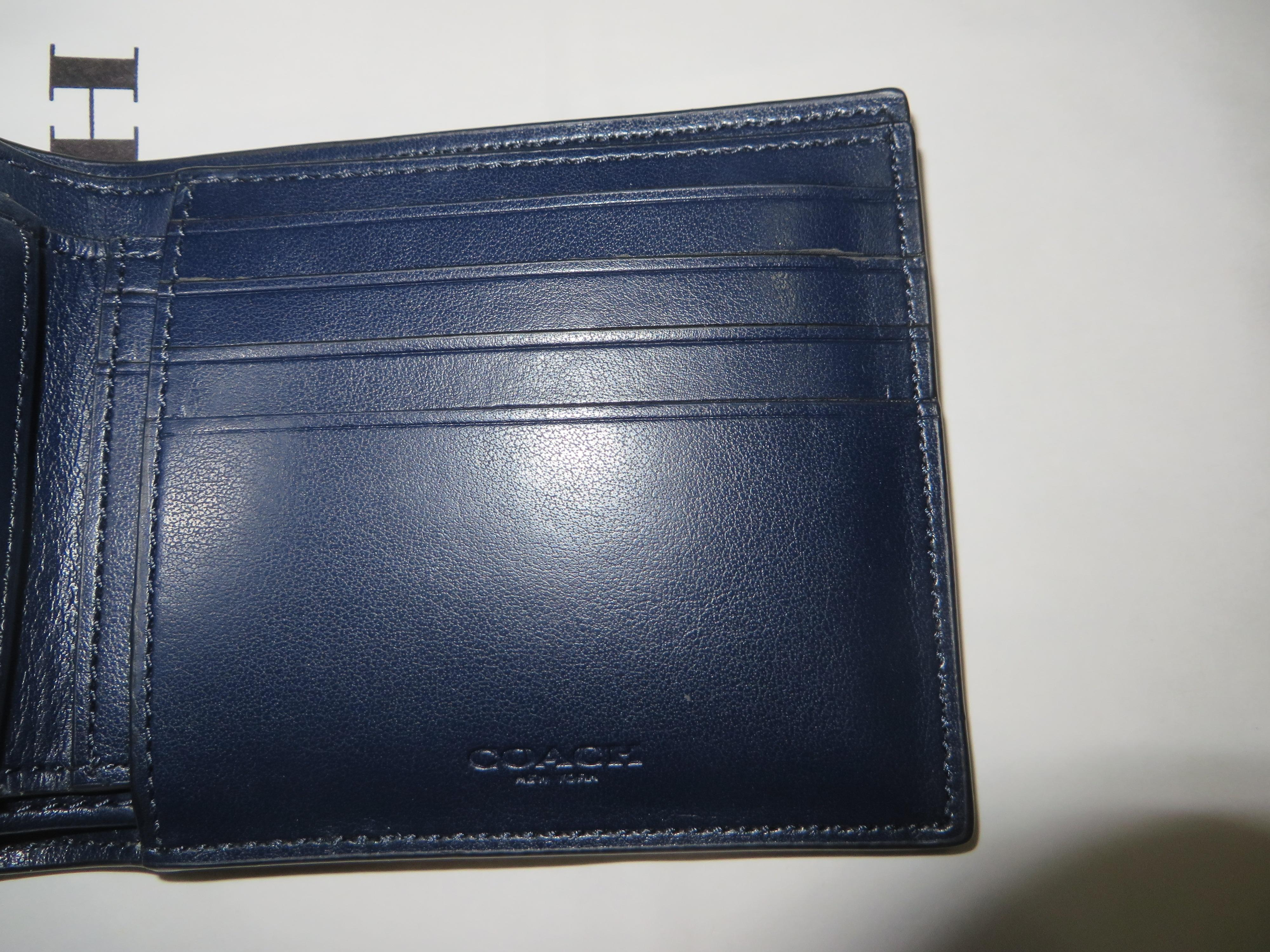 55020b0ce5ae ... best coach mens compact id gift box is included wallet tradesy a5c5c  a504c