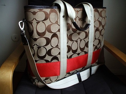 Coach Louis Vuitton Dooney Bourke Gucci Channel Rare Vintage Brown/Khaki, Red Travel Bag
