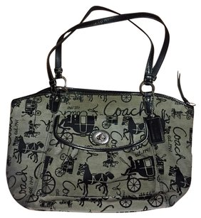 Coach Tote in black & white