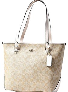 Coach Tote in khaki/chalk