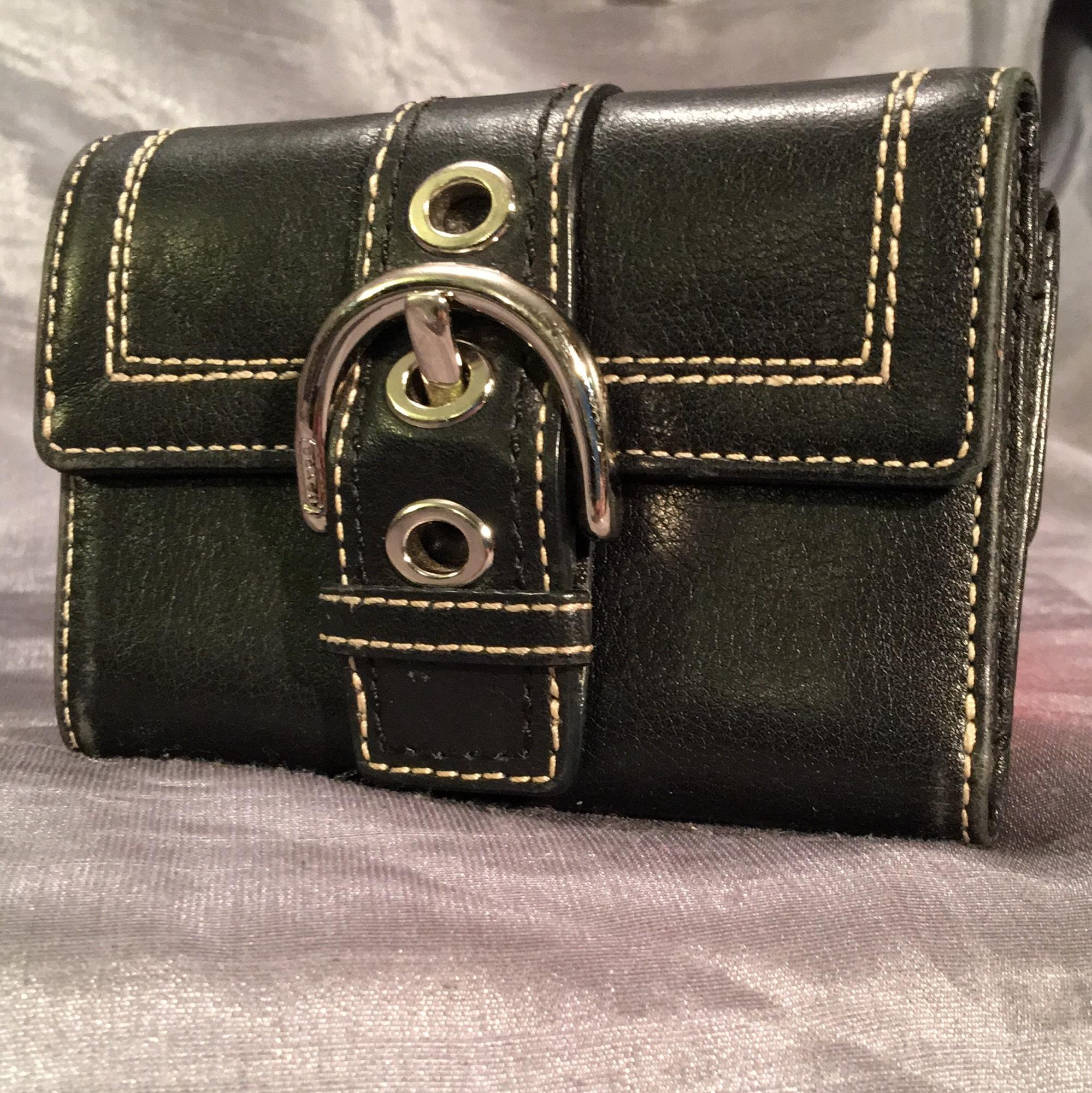 coach womens small trifold buckle wallet