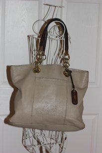 Cynthia Rowley Tote in Tan