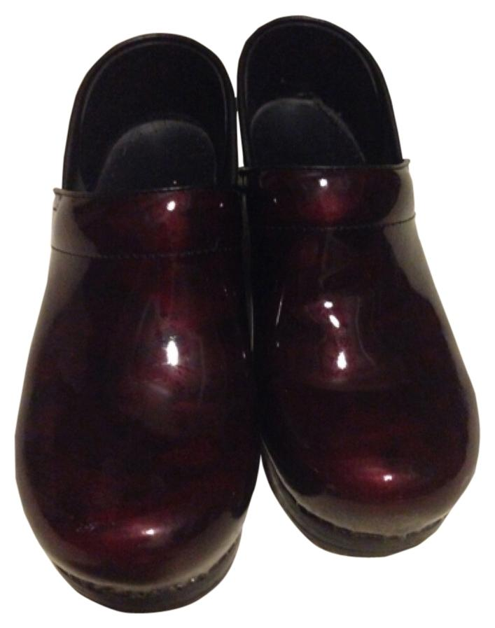 Dansko Candy Apple Red patent leather