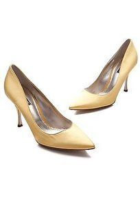 Dolce&Gabbana Satin Pointed Toe Size Yellow Pumps