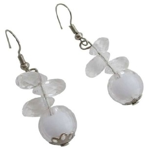 White Incredible Price Small Girls Earrings