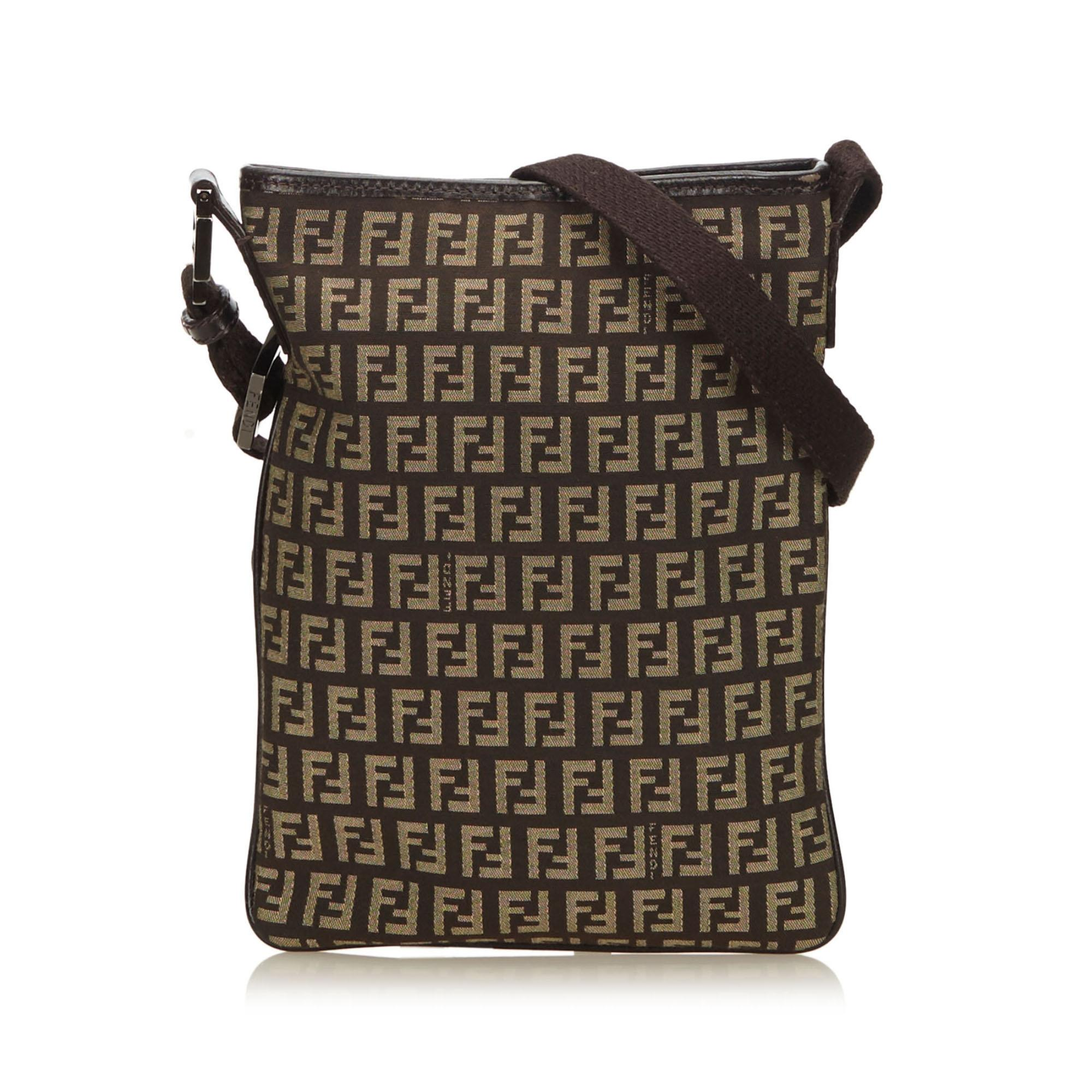 e85cb3f961 ... italy fendi bags on sale up to 70 off at tradesy 27a1b c30ee