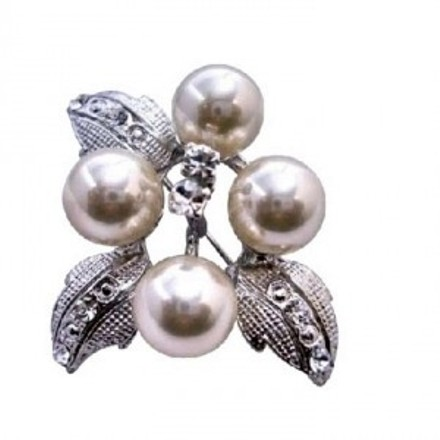 Silver Ivory Flower Pearls / Casting Leaves Decorated Cubic Zircon Brooch/Pin